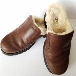 Ugg Brown Leather Clogs Mules Slides Size 8
